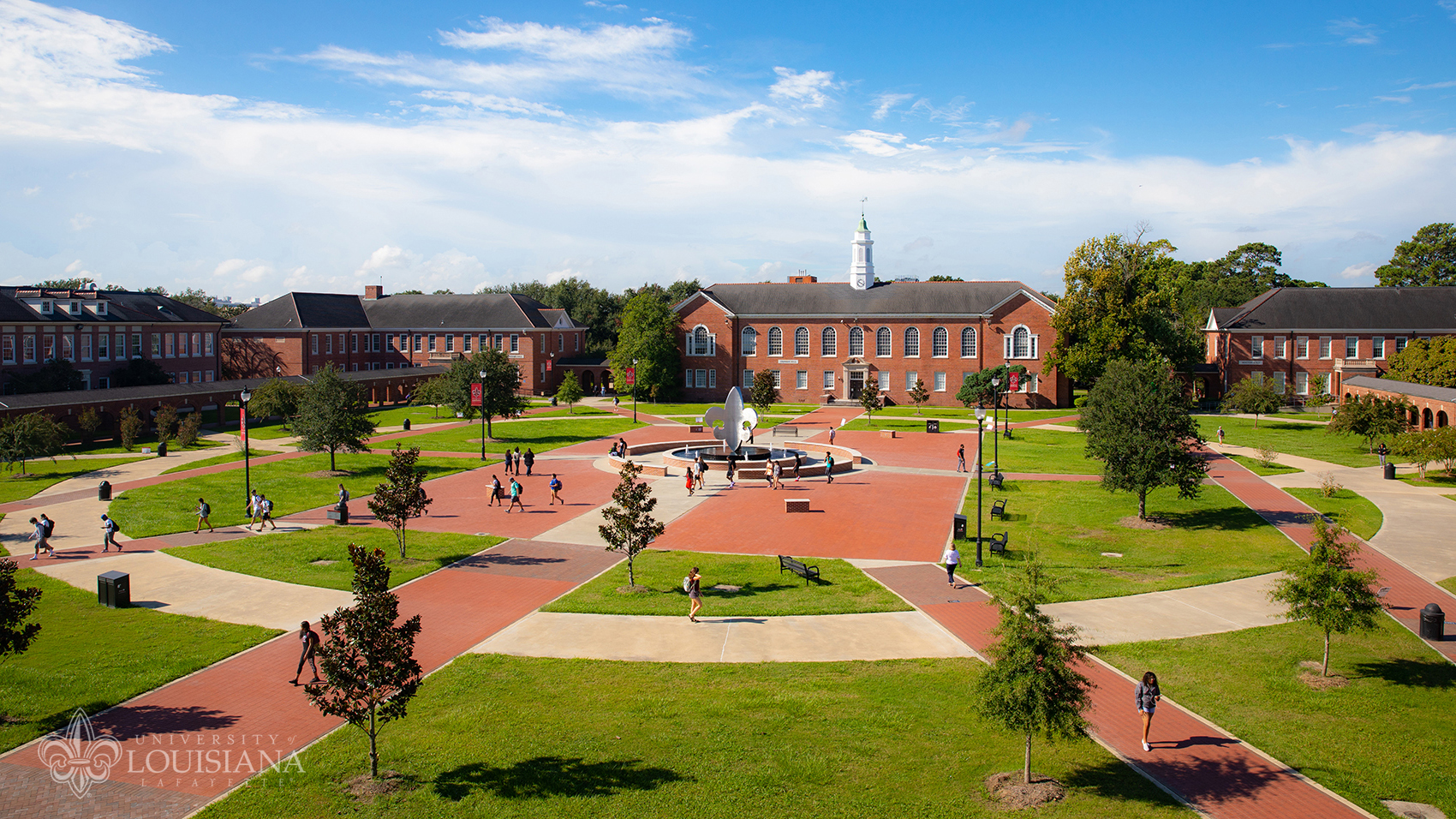 Aerial photo of the Quad at the University of Louisiana at Lafayette.